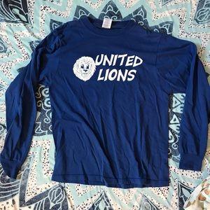 Tops - United lions